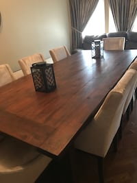 Custom made dinning table & 8 chairs  Vaughan, L6A 3H8