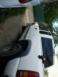 white extended cab pickup truck Calgary, T2A 3N6