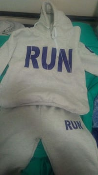 Run hoodie set brand new porch pick up Fort Meade, 20755