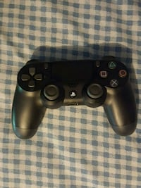 black Sony PS4 wireless controller Pickering, L1V 6M6