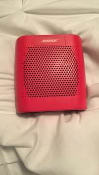 bose red portable speaker Grimsby, L3M 3H6