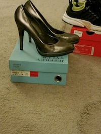 Womens heels size 9  Woodbridge, 22192