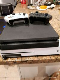 Xbox 1S and PS4 Slim