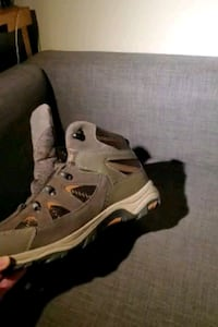 Mens boot size 12, Mountain Warehouse Burnaby, V5H