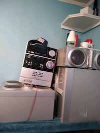 black and gray front-load clothes washer 318 mi