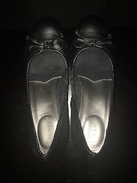 Ladies wedge flats size 6.5 Calgary, T2A 7R1