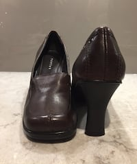 "7.5M Brown Leather 3.5"" Heels Toronto, M5A 0C4"