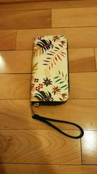 Flowered Wristlet Wallet Bethesda