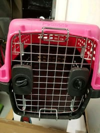pink and black pet carrier Camp Springs, 20748