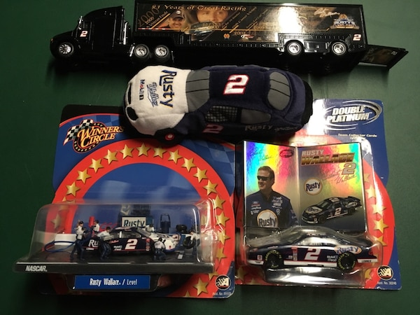 Rusty Wallace collectibles b9c2c048-ebc8-49b9-9464-e251124a5ce2