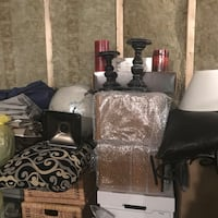 Various home decorating accessories  Galway-Cavendish and Harvey, K0L 1J0