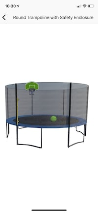 15 ft Round Trampoline with basketball hoop Coram, 11727