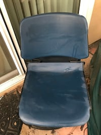 Metal chairs for sale durable Mission Viejo, 92691