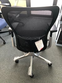 Haworth- Zody Chair Fully Loaded like new Alexandria, 22314