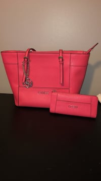 Pink guess purse and wallet