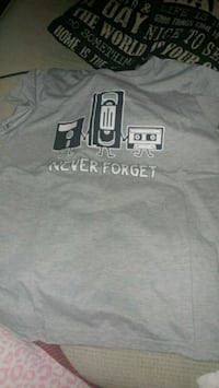 "New ""never forget"" grey t-shirt Montreal, H8T"