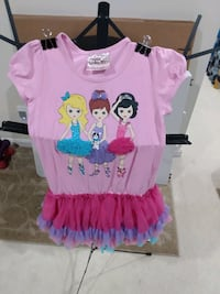 Girl dresses 5T and 8T Bristow, 20136