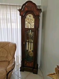 """Sligh"" Grandfather Clock - Mint Condition"