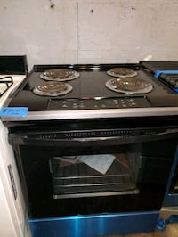 Coil electric stove NEW scratch and dent