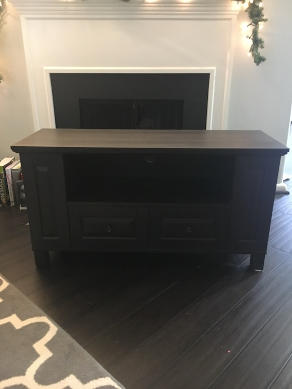 Tv stand, great condition!