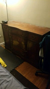 brown wooden 3-drawer chest Broomall, 19008