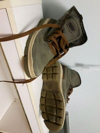 Timberlands size 8 like new Edmonton, T5H 1K3