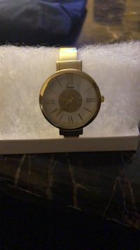 Round gold analog watch with yellow strap Upper Darby, 19082