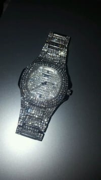 silver diamond studded analog watch Capitol Heights, 20743