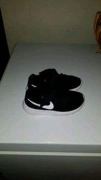 TODDLERS NIKE'S SZ. 9C Searcy, 72143