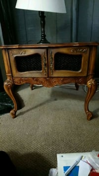 Beautifully carved & crafted antique Coffee table Calgary, T2E 2Y9