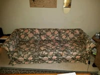 Floral 3 person couch 2324 mi