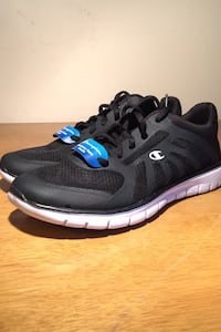 Champion runner shoes