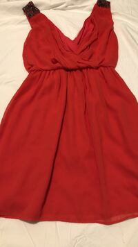 women's red strapless dress