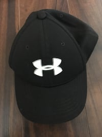 Youth Under Armour hat S/M