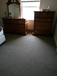 Bed room set w/head board solid wood