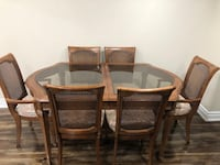 Solid wood dining table with glass top and 6 piece chair New Tecumseth, L9R 0H7