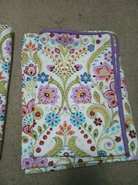 2 bedsheets with pillow case Mississauga, L5M 4W4