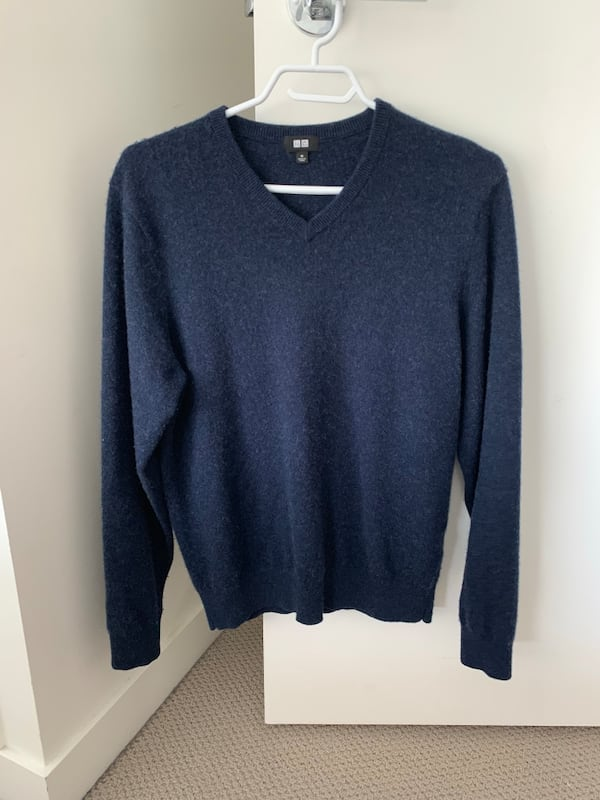 Uniqlo Cashmere Sweater 0
