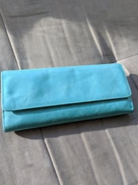 Blue Hobo wallet - like new!