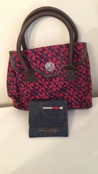 Small Tommy Hilfigure Purse and Wallet  Albuquerque, 87112