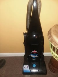 black Bissell upright vacuum cleaner Cincinnati, 45229