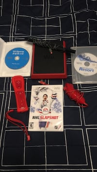 Wii with 3 games and controller  Montréal, H2R 1W5