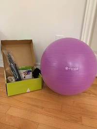 Gaiam Yoga Ball Beginners kit Vaughan, L4J 8R7