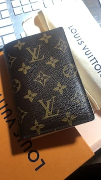 Authentic Louis vuitton brown monogram leather wallet Arlington, 22209