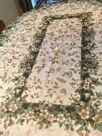 """82x30"""" oval or round Holiday tablecloth. Edmond"""
