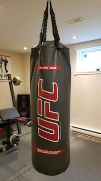 UFC punching bag Laval