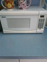 white General Electric microwave oven Miami, 33174