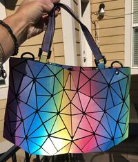 Light reflecting colored purse tote bag Commerce City, 80022