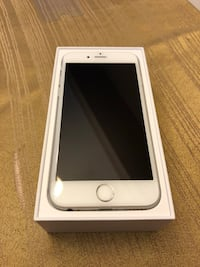 Apple iphone 6s 32gb silver/white Vaughan, L6A 3W4
