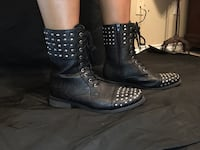 Studded army like grunge black boots  Abilene, 79602